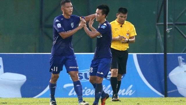 Đối thủ của B.Bình Dương trong trận chung kết là SL Nghệ An (ảnh: Anh Hải)