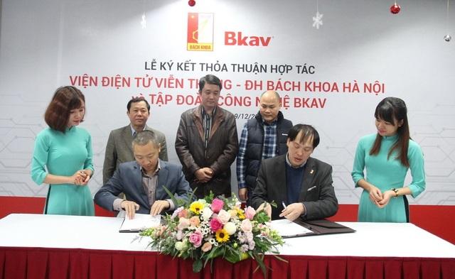 Bkav và ĐH Bách Khoa HN ký kết hợp tác để phát triển công nghệ cho Bphone.
