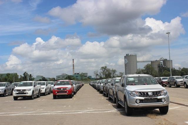 Giá ô tô ở Việt Nam đắt gấp đôi nhiều nước. Ảnh: BHQ
