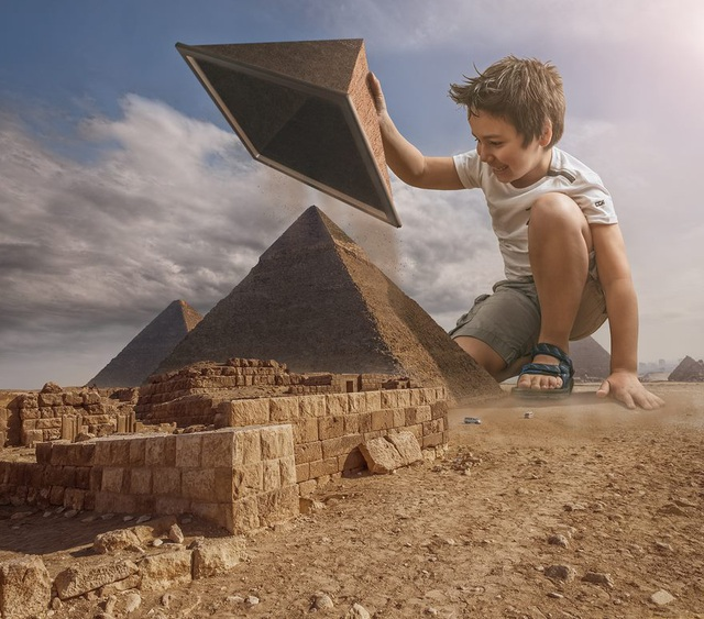 Con của bố cũng khám phá các kim tự thám Ai Cập nhưng theo một cách hoàn toàn khác.