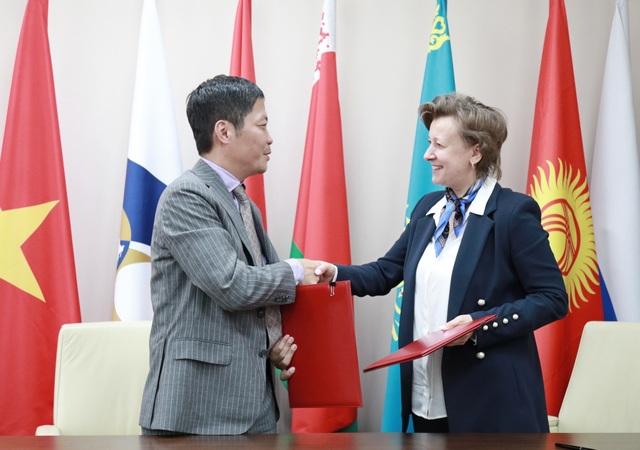 Nga, Kazakhstan khuyến nghị Việt Nam về dự kiến cấm amiăng trắng - 1
