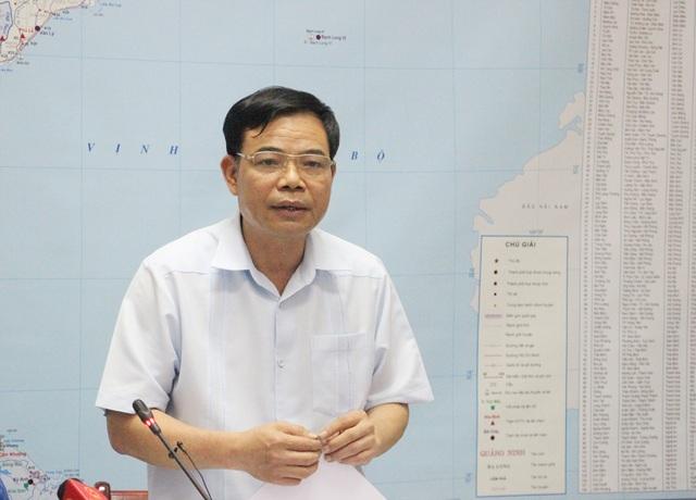 Bộ trưởng Nguyễn Xuân Cường yêu cầu hồ thủy điện Hòa Bình mở thêm 1 cửa xả lũ vào sáng mai (22/7).