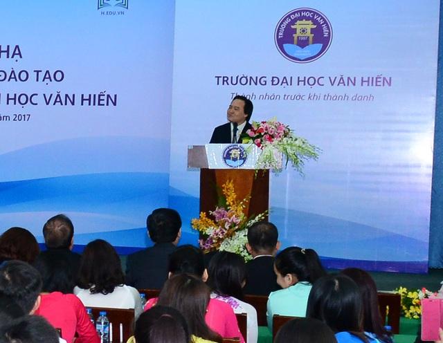 Bộ trưởng Phùng Xuân Nhạ: Để so sánh nền giáo dục với nước khác cần phải có số liệu nghiên cứu cụ thể - 2