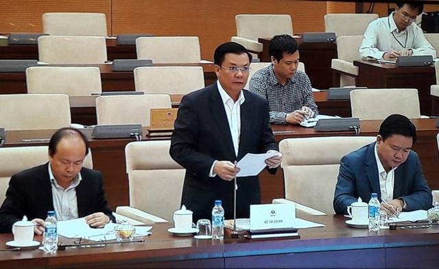 Bộ trưởng Tài chính Đinh Tiến Dũng nhấn mạnh sự cần thiết điều chỉnh cơ chế với thành phố đầu tàu kinh tế của cả nước.