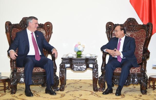 Thủ tướng Nguyễn Xuân Phúc tiếp Chủ tịch Boeing chiều 2/10, tại trụ sở Chính phủ (ảnh: VGP)