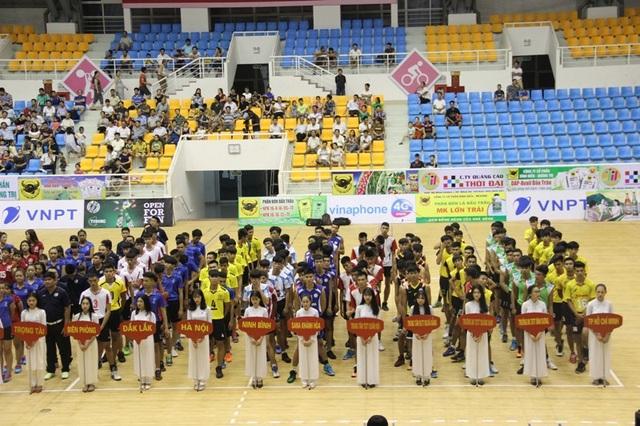 Các đội bóng đến từ nhiều địa phương trong nước