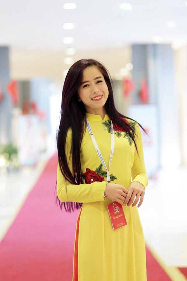 Hoa khôi làng võ Châu Tuyết Vân là đại biểu của Đoàn thanh niên Thành phố Hồ Chí Minh
