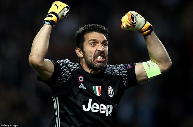 Thủ thành Buffon cùng Juventus tạo nên kỷ lục đáng nể ở Champions League