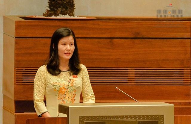 Đại biểu Quốc hội Bùi Thị Quỳnh Thơ (đoàn Hà Tĩnh)