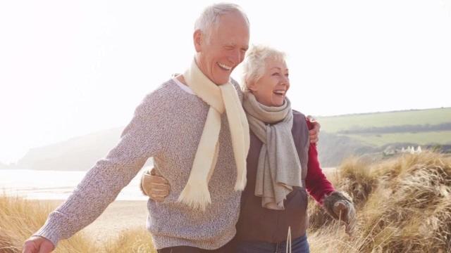 Những người bướng bỉnh thường sống lâu hơn - 1