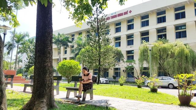 Bệnh viện Trung ương Huế cơ sở 1 đường Lê Lợi