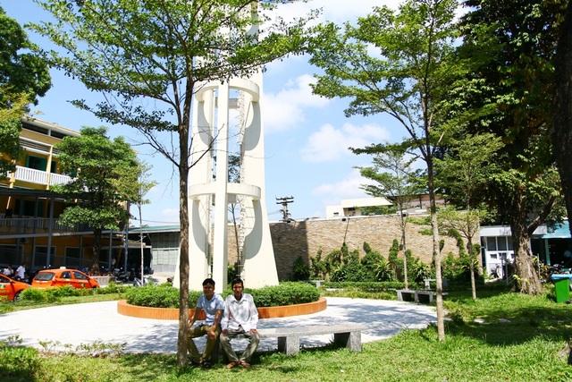 Các khuôn viên cây xanh dễ chịu cho bệnh nhân và người nhà
