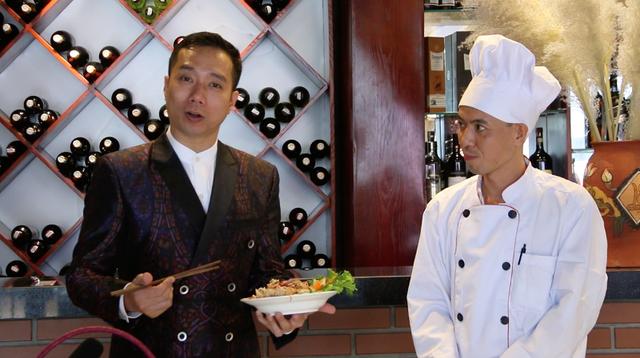 Cám ơn Nhà thiết kế Đỗ Trịnh Hoài Nam và nhà hàng Phố Xưa, số 8, ngõ 298 Tây Sơn đã giúp đỡ chúng tôi hoàn thành nội dung này.