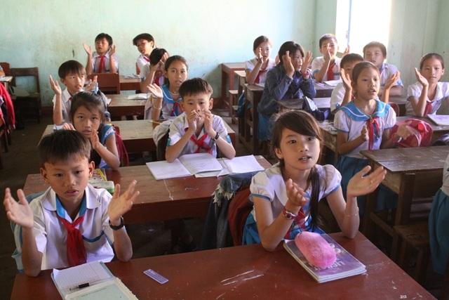 Quảng Ngãi cấm giáo viên Tiểu hoc, Trung học cơ sở dạy thêm ở nhà