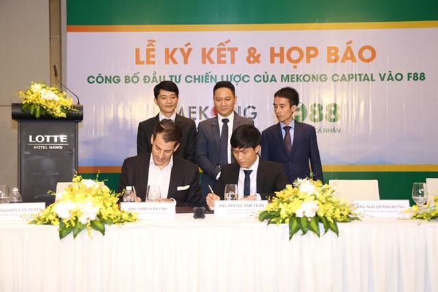 Đại diện F88 chính thức nhận khoản đầu tư từ Mekong Capital