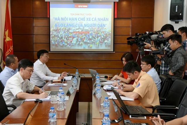 Buổi tọa đàm về hạn chế xe cá nhân tại Hà Nội sáng 30/6