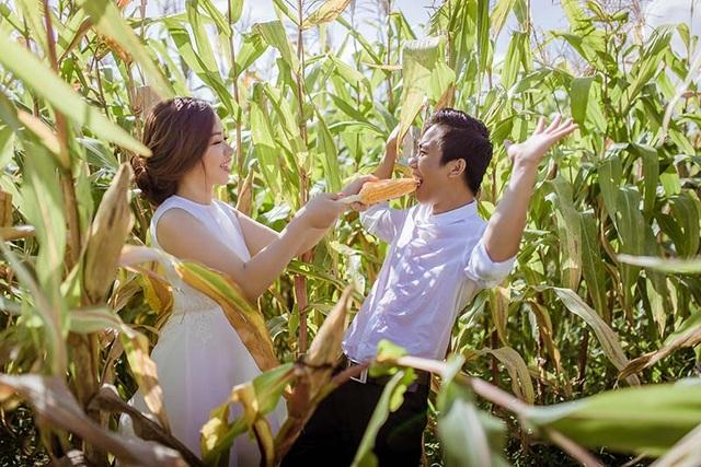 Nhân vật chính của bộ ảnh này chính là Mai Thanh Huy (sinh năm 1989) và Dương Trần Phương Vũ (sinh năm 1990). Cặp đôi này cùng sinh ra và lớn lên ở Phú Yên.