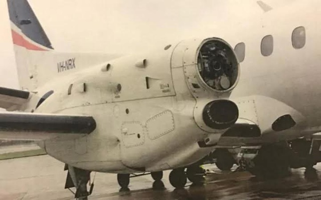 Chiếc máy bay bị rơi cánh quạt giữa trời (Ảnh: Telegraph)