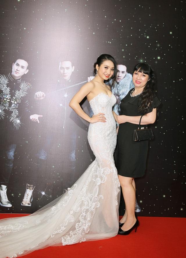 Cao Mỹ Kim và mẹ