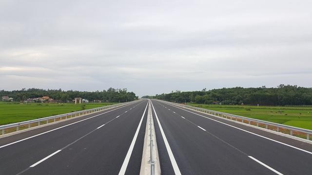 Dự án đường bộ cao tốc Bắc - Nam sẽ trình Hội nghị Trung ương 6 vào tháng 10 tới đây