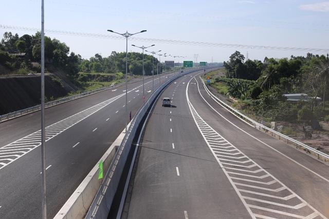 Đây là 65km cao tốc đầu tiên tại miền Trung