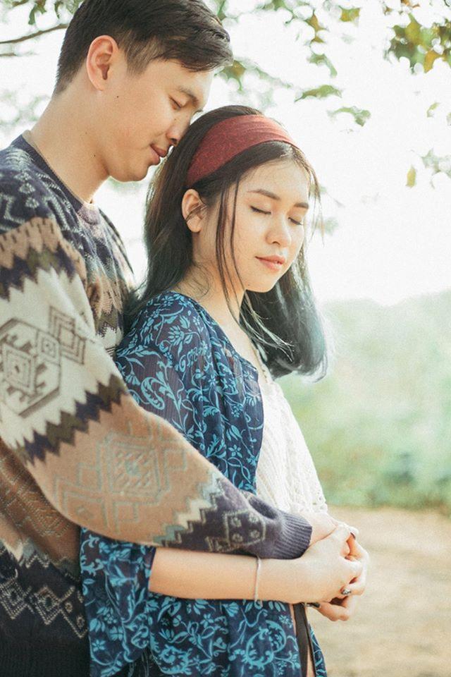 Nhiều khi ở xa, chuyện hiểu lầm, muốn gặp mặt nhau mà không được khiến cả hai rất khó chịu nhưng rồi họ cũng đã cùng nhau vượt qua hết thảy.