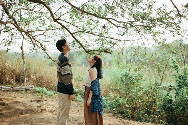 """Bí quyết yêu xa của Như và Cương là """"luôn yêu đủ, quan tâm đủ và tin tưởng nhau đủ"""". 3 chữ đủ ấy giúp cho họ cùng nhau tiến bước tới ngày hôm nay. Và trong tương lai, hai người quyết tâm cố gắng thêm vài năm nữa để có thể ở bên nhau."""
