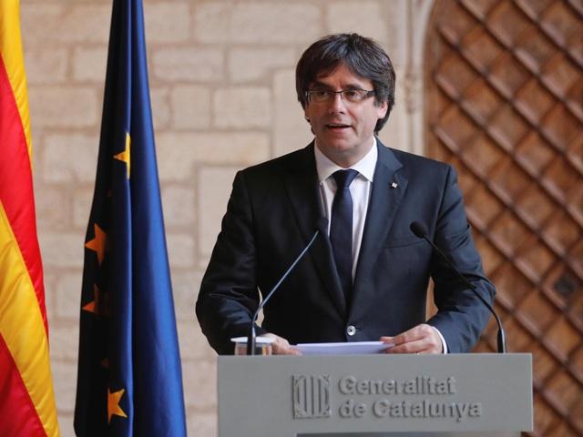 Cựu Thủ hiến Catalonia Carles Puigdemont (Ảnh: Independent)