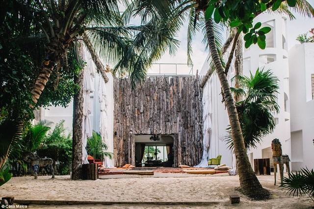 Từ dinh thự cũ của tên trùm buôn ma túy khét tiếng người Colombia, đến nay nơi này được cải tạo thành khu nghỉ dưỡng sinh thái 5 sao