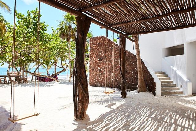 Khách sạn còn có một khu vườn riêng là nơi các đầu bếp nhận nguyên liệu tươi sống để chế biến món ăn theo ẩm thực Yucata