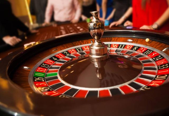 Người Việt muốn vào chơi casino phải chứng minh thu nhập từ 10 triệu đồng
