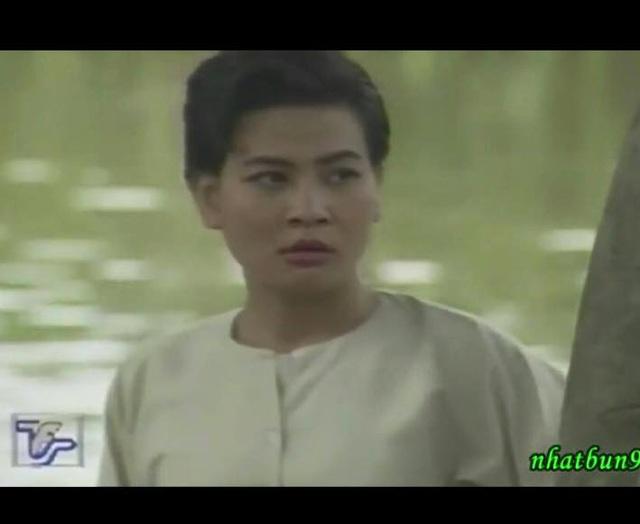 Cát Phượng năm 1997, khi đóng vai Tư Mắm trong Đất phương Nam.