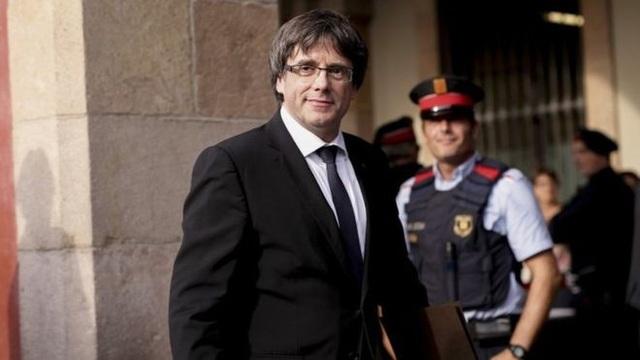 Thủ hiến Catalonia bị phế truất Carles Puigdemont (Ảnh: AFP)