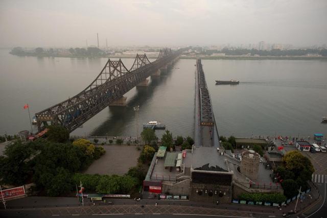 Cầu hữu nghị Trung-Triều nối Trung Quốc với Triều Tiên (Ảnh: Getty)