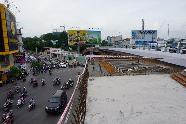 Cầu vượt tại vòng xoay Nguyễn Thái Sơn - Nguyễn Kiệm là dự án cấp bách giải cứu tình trạng kẹt xe cho khu vực sân bay Tân Sơn Nhất