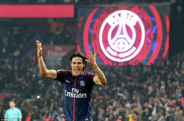 Cavani rực sáng với cú đúp giúp PSG vùi dập Nice với tỷ số 3-0
