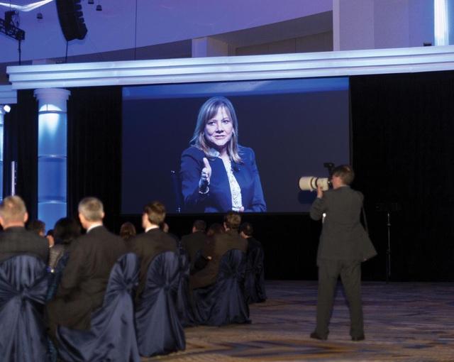 4 giờ 43 chiều: Tham gia lễ trao giải các nhà cung cấp hàng đầu thế giới của GM. Tại đây, bà thảo luận về hướng phát triển trong tương lai của công ty và tầm quan trọng của sự quyết tâm giành chiến thắng.