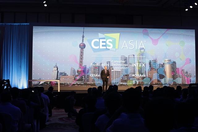 Ngoài ra, CES Asia năm nay còn có nhiều buổi phát biểu để trình chiếu và giới thiệu về các sản phẩm, công nghệ IoT, các giải pháp mới... CES Asia sẽ diễn ra từ 7-9 tháng 6 tại Thượng Hải, Trung Quốc.