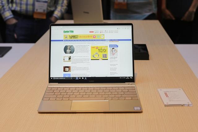 Đáng chú ý, Huawei mang đến triển lãm lần này dòng máy tính xách tay mới nhất của hãng mang tên Matebook, gồm Matebook X, Matebook E và Matebook D.