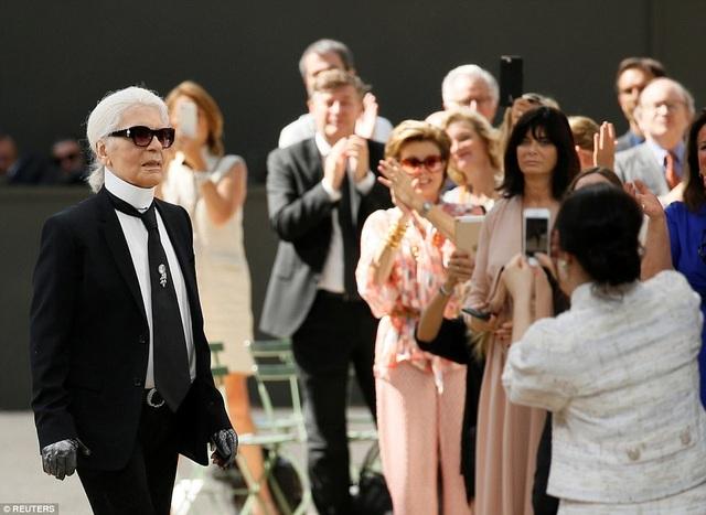 Karl Lagerfeld - cái tên lớn trong làng thời trang