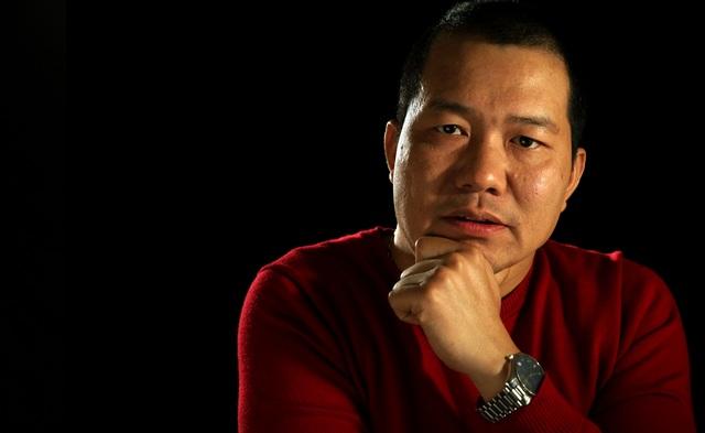 Đạo diễn Lương Đình Dũng đang bắt tay thực hiện dự án điện ảnh thứ hai, khác biệt với Cha cõng con. Ảnh: ĐLP.
