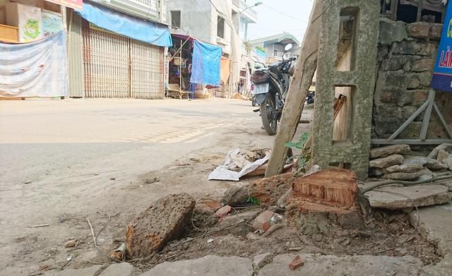 Thêm một xã ở Hà Nội bất ngờ chặt hàng loạt cây xanh - 3