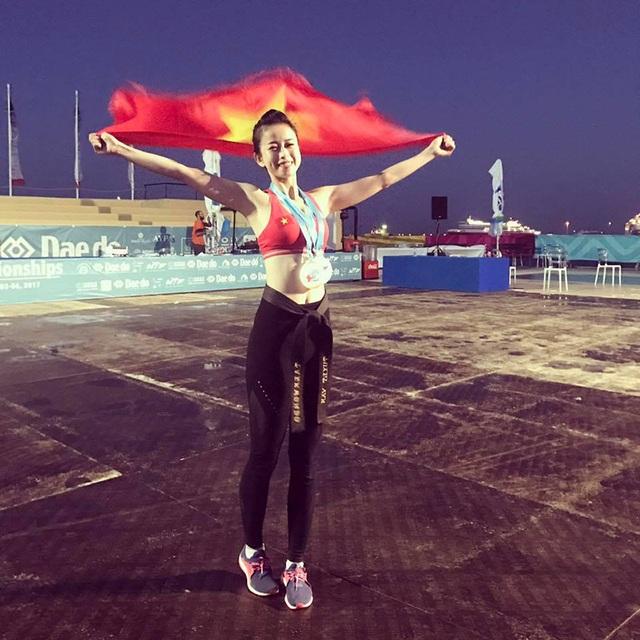 Châu Tuyết Vân xuất sắc giành 1 HCV, 1 HCB, 1 HCĐ tại giải taekwondo bãi biển.