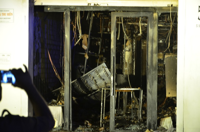 Toàn bộ tài sản trong nhà trị giá khoảng 800 triệu đồng bị cháy rụi