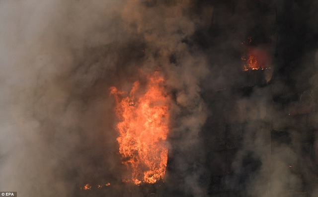 Hiện vẫn chưa xác định được số thương vong chính xác cũng như nguyên nhân dẫn tới vụ cháy (Ảnh: EPA)