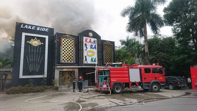 Cháy lớn tại quán karaoke gần khu đô thị Linh Đàm - 2