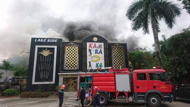 Cháy lớn tại quán karaoke gần khu đô thị Linh Đàm - 3