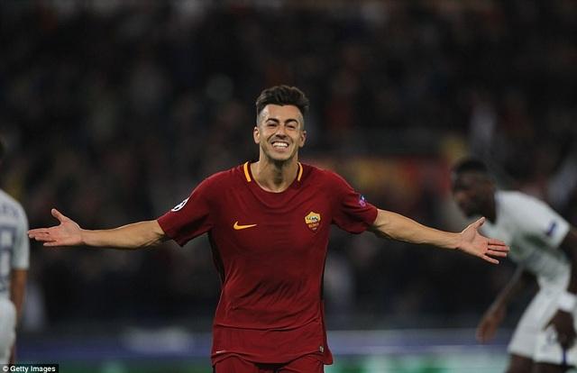 El Shaarawy ăn mừng cú đúp vào lưới Chelsea