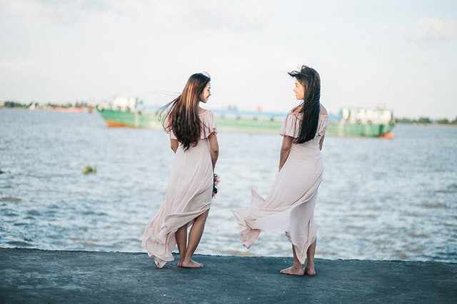 Hai chị em ruột chia sẻ niềm hạnh phúc khi cùng mang thai - 11
