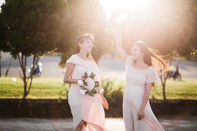 Hai chị em ruột chia sẻ niềm hạnh phúc khi cùng mang thai - 7